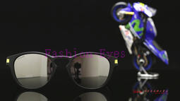 2954769a32e 正品﹞OAKLEY LATCH VALENTINO ROSSI VR46 OO9265-2153 羅西聯名版太陽