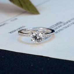 一克拉T牌經典造型款擬真鑽石戒指結婚戒指求婚戒指銀戒情人節生日禮物買一送二