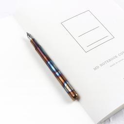 【悅遊】德國原裝進口 KAWECO Liliput 小人國系列迷你口袋鋼筆火燒藍黃銅