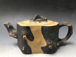 (MM41)早期廠版名家款(張玉芳)松段紫砂壺