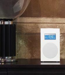 清倉特價  Tivoli Audio Model-10 FM收音機