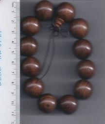 [大橋小舖] 金絲檀木佛珠手串 / 每顆直徑約2公分 / 共12顆 / 產量少多用於高檔家具