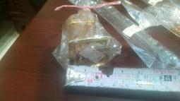 全新六福村 手工琉璃 香水瓶 兩個 咖啡 攪拌棒 四隻 手機吊飾兩個 全部標價 881元 一起便宜賣399優惠超商取貨免