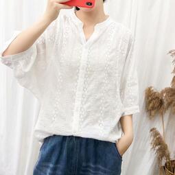 日系森女蝙蝠袖鏤空刺繡V領襯衫女寬鬆百搭純棉開衫上衣